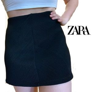 Zara Black Ribbed Skirt